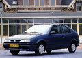 Renault-19