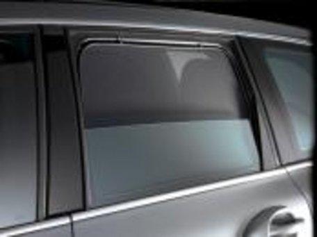 SonniBoy schermen Deuren achter Roomster '06 ->